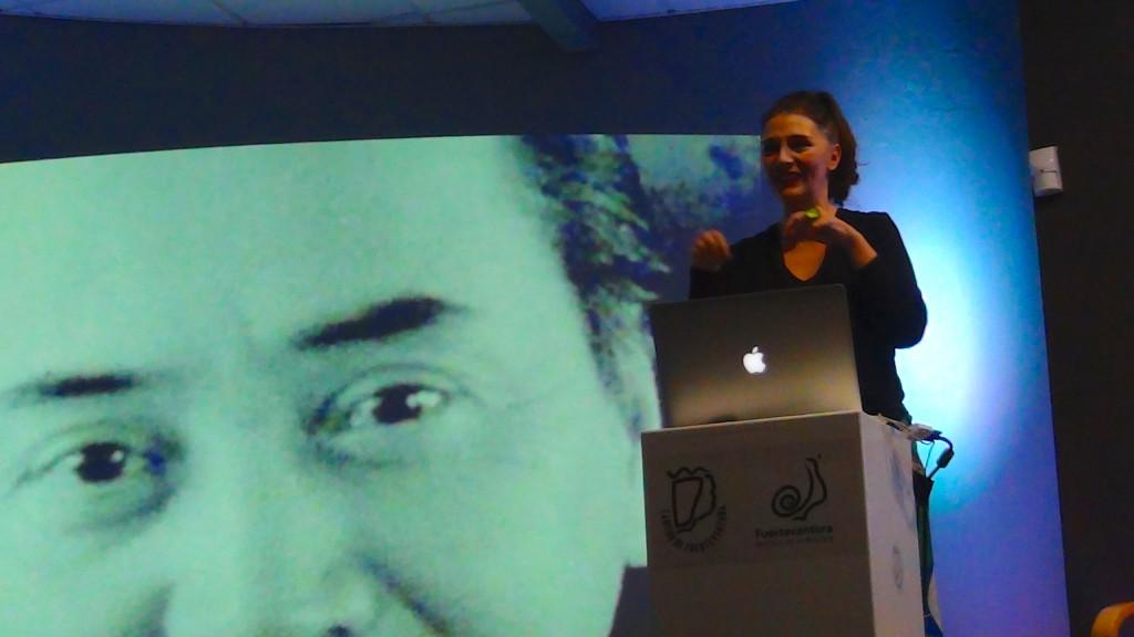 Noguchi en la presentación del libro Seitai Inteligencia VItal